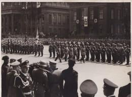 ITALIE ALLEMAGNE  LE COMTE CIANO A BERLIN  NAZISME  FASCISME 1938 - Guerre, Militaire