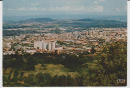 R : Puy De  Dôme : CLERMONT  FERRAND    : Vue - Clermont Ferrand