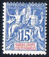 GUADELOUPE  Groupe 15 C. Bleu  Yv 32 * - Ungebraucht