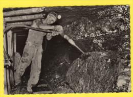 C-P-A-(59 Nord)n°5 Mine En Activité En Taille.Cassage Des Blocs De Charbon Aprés Passage De La Haveuse. - France