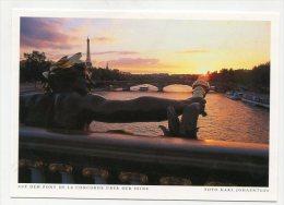 FRANCE - AK 199407 Paris - Auf Dem Pont De La Concorde über Der Seine - Ponts