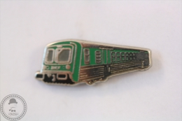 France TER Train Railroad/ Railway SNCF Green Colour - Signed Metargent - Pin Badge #PLS - Transportes