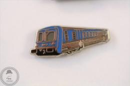 France TER Train Railroad/ Railway SNCF Blue Colour - Signed Metargent - Pin Badge #PLS - Transportes
