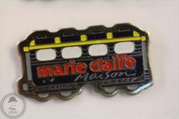France Advertising Tram/ Tramway Marie Claire Maison Magazine Black Colour - Pin Badge #PLS - Transportes