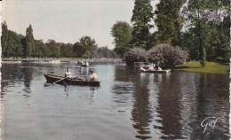 Scan4 : Paris 12em : Paris-Vincennes - Canotage Sur Le Lac Daumesnil (voyagée 1959) - Arrondissement: 12