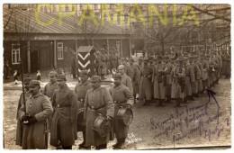 B566 - WWI -  Deutsche Soldaten - Soldats Allemands - Militari