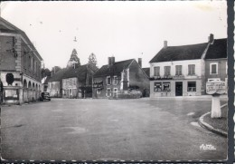 89 - THURY - LA PLACE - POTEAU INDICATEUR MICHELIN - Other Municipalities