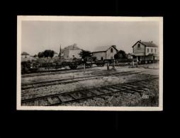 45 - BRICY - Avenue De La Gare - Wagons - Train - France