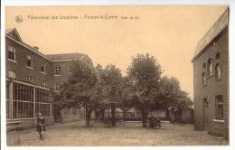 E3481  -  FOURON - LE - COMTE  -  Pensionnat Des Ursulines  -  Cour De Jeu - Voeren