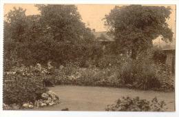 E3490  -  FOURON - LE - COMTE  -  Pensionnat Des Ursulines  -  Un Coin Du Jardin - Voeren