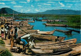 Chilwa Fishing Canoes, Kenya Postcard - Kenya