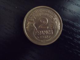 UNE  PIECE DE MONNAIE DE FRANCE DE 2 FRANCS  DE  1932 - Francia