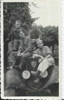 45F   Photo Tacot Peugeot 201 Soldats De La 129 Eme / 15 En 1939 - Voitures De Tourisme