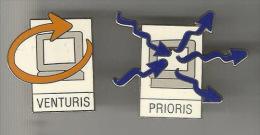 34368-lot De 2 Pin's. Informatique.Prioris.Vent Uris. - Marcas Registradas