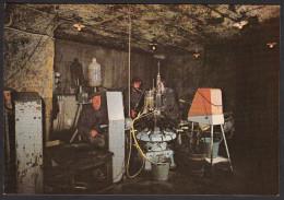 CPM VOUVRAY - Cave Coopérative - Vallée Coquette, Chantier De Dégorgement Après Mise En Bouteille - Vouvray
