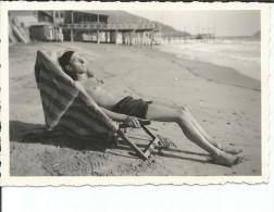 HOMBRE EN TRAJE DE BAÑO PLAYA DEL HOTEL ALFIERI   ALASSIO FOTOGRAFIA  PEQUEÑA POSTAL  CIRCA 1930  OHL - Savona