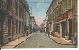 15 - LIBOURNE - RUE GAMBETTA VERS L'HOTEL DE VILLE ( Animées - SOCIETE GENERALE ) - Libourne