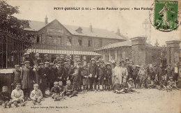 Unique 76 CPA PETIT QUEVILLY - Ecole Pasteur Rue Pasteur - Unclassified