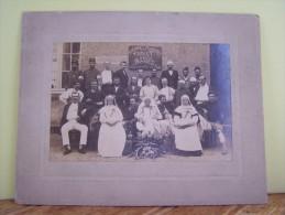 BOURGES (CHER) MILITARIA. LA SANTE. PENSIONNAT DE LA PROVIDENCE. BLESSES DE LA CAMPAGNE DE 1914.    2680FIF - Photos