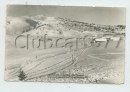 Notre-Dame-de-Bellecombe (73) : Vue Générale Sur Les Châlets D'alpage Et Les Pistes Du Col Des Saisies  1959 (animé) PF. - Autres Communes