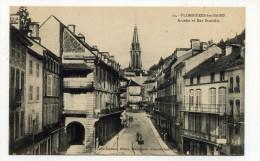 CP , 88 , PLOMBIERES-les-BAINS , Arcades Et Rue Stanislas - Plombieres Les Bains