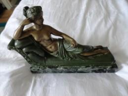 SCULPTURE PAOLINA BORGHESE COME VENERE VINCITRICE (SIGNÉE) - Sculptures