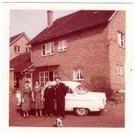 < Automobile Auto Voiture Car >> Photo Originale 9 X 9 Ford Consul, Famille Belgique - Automobiles