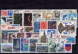 FRANCE ANNEE 1966, 43 Timbres Neufs ** LUXE N° 1468 Au N° 1510 - France