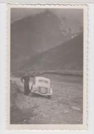 AUTOMOBILE ANCIENNE - TRACTION En Montagne - 6X8.5 Cm - Automobiles