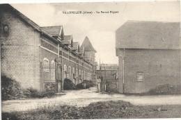 02 - VILLEVEQUE (Aisne) - La Ferme Riquet. Animée. TBE. Rare. - France