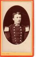 CDV MILITAIRE OFFICIER ? PHOTOGRAPHE PAUL VERSAILLES ANN2E 1878-1879 - Photographs