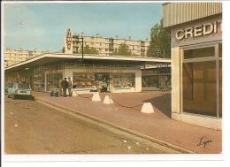 95 - ARGENTEUIL - Centre Commercial Joliot Curie - Argenteuil