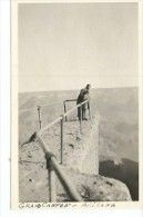 NIÑA JUNTO A SU PADRE EN UNA PASARELA DEL GRAN CAÑON  FOTOGRAFIA  CIRCA 1930   OHL - Grand Canyon