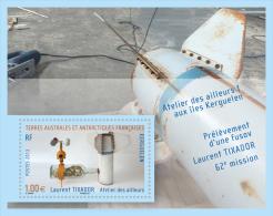 TAAF 2013 - Atelier Des Ailleurs : Prélèvement D´une Fusov** - Blocs-feuillets