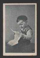 POSTCARD 1910s PORTUGAL BOY CHILD POSING NEWSPAPER TOBACCO PIPE - Portugal