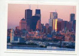 CANADA - AK 199874 Quebec - Blick Auf Den St. Lawrence River Auf Montreal - Montreal