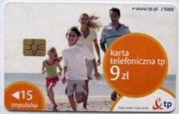 Poland (chip) - 15 U - PL-D 192a - E2 P 01/04/10 - Family On Beach - Poland