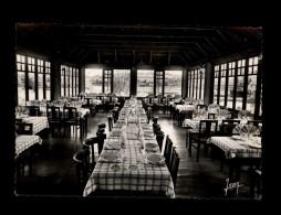 29 - HUELGOAT - Auberge De La Truite - Salle à Manger - Locmaria - Huelgoat