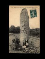 29 - HUELGOAT - Dolmen - Huelgoat