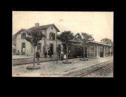 29 - HUELGOAT - Gare - Train - Huelgoat