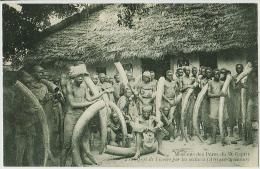 Missions Des Pères Du St Esprit - Transport Dee L'ivoire Par Les Esclaves (Afrique Occidentale) - Missions
