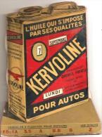 RARE  Plaque Cartonnées Pub  Bidon Huile De Voiture Avec Calendrier   Kervoline - Plaques En Carton
