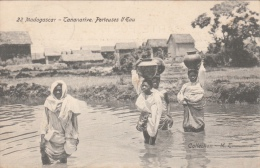 Cpa/pk 1912 Madagascar - Tananarive Porteuses D'Eau Henri Janssens - Madagascar