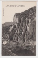 04 - SISTERON - Le Rocher De La Baume - Sisteron
