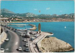 Marseille: RENAULT 8,6,4, CITROËN DS,2CV, OPEL REKORD-C, PANHARD PL17 , CAMION - Corniche & Monument Rapatriés  - France - Toerisme