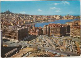 Marseille: 100+ OLDTIMER VOITURES & AUTOBUSES - Vue Panoramique Sur Le Vieux Port - France - Turismo