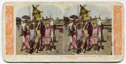 FOTOGRAFIA STEREOSCOPICA YOKOHAMA GIAPPONE JAPAN BOYS BEARING MATSURI FESTIVAL SHRINE - Stereoscopi