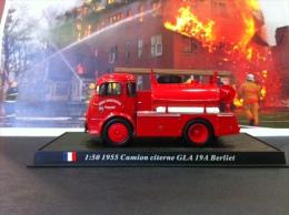COLLEZIONE CARRI DEI POMPIERI - VIGILI DEL FUOCO DEL PRADO - FRANCIA Fire Engine 1955 Camion Citerne GLA 19A Berliet - Automobili