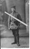 Sous-officier Allemand Armé D'un Pistolet Luger P08 Et D'une Baïonnette Avec Dragonne 1carte Photo 14-18 Ww1 WwI Wk - War, Military