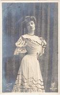 Pf. Yvonne MIALEC - Célébrités